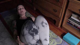Bettie Bondage - Spying on Mom's Yoga Practice
