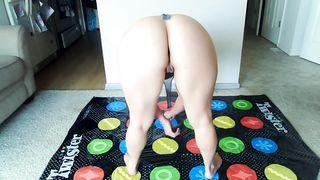 Cum Play Twister with Mommy Sammi Starfish