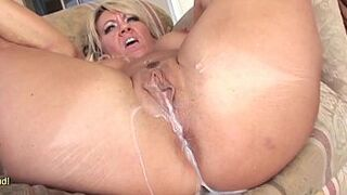 MILF Chennin Blanc Gets A Big Load Shot In Her Meaty Pussy - Creampie