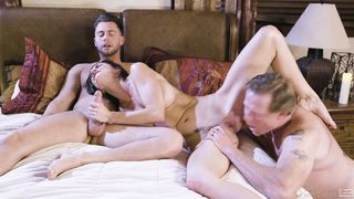 Silvia Saige Seducing Dad's Wife