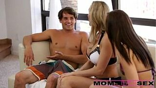 Threesome with his step mom || Complete - http://sh.st/Izh9d
