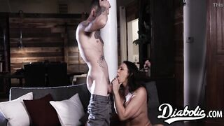 Cum tasting stepmom Reagan Foxx bouncing on younger cock