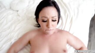 Jennifer White makes her stepson cum as she let him fuck her milf pussy like a spreadeagle