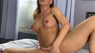 JOI Mom - Can%27t Stop Watching Hot Stepmom Cherie DeVille
